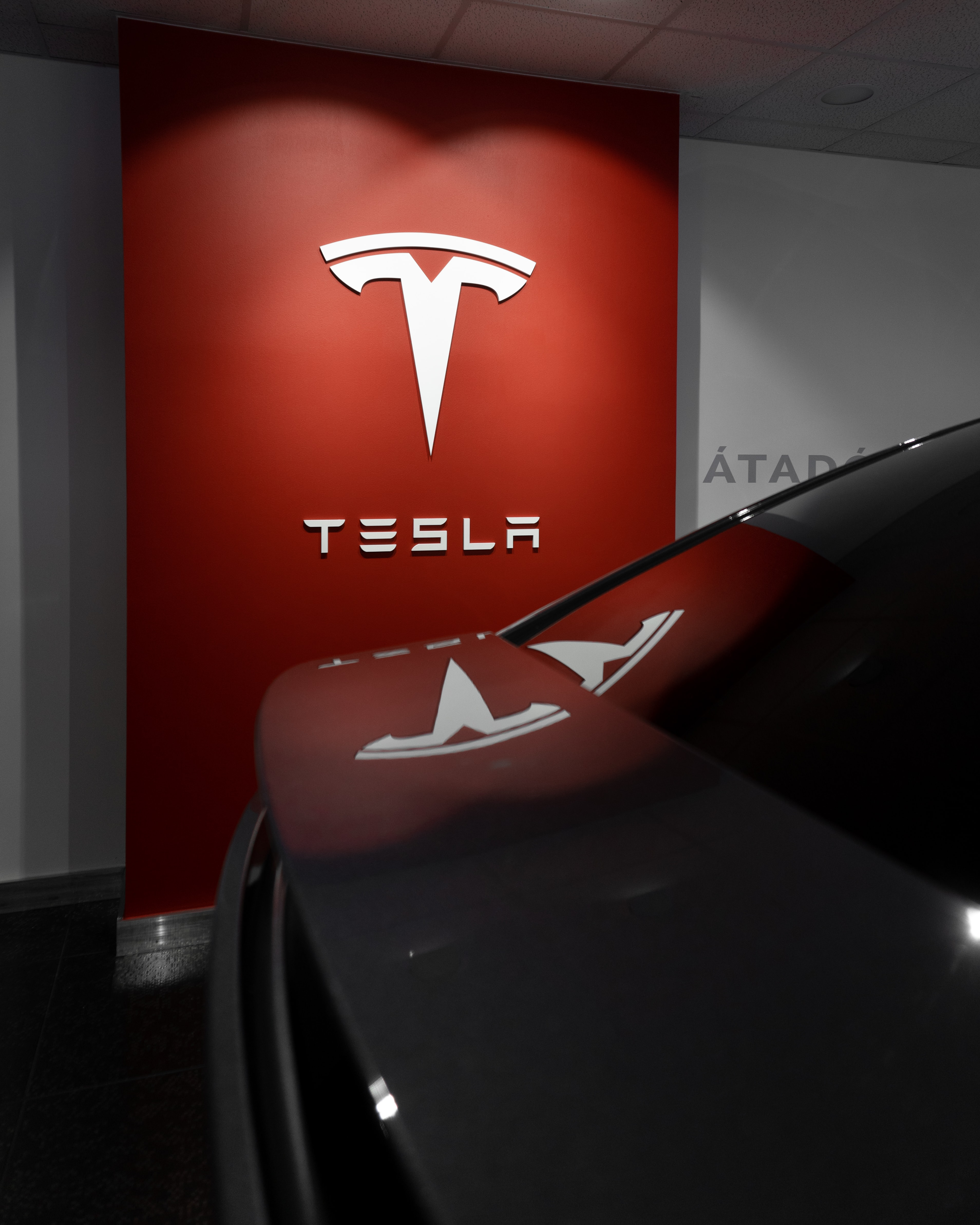 Speculation Tesla Dumped Its Bitcoin Holdings Denied By Musk