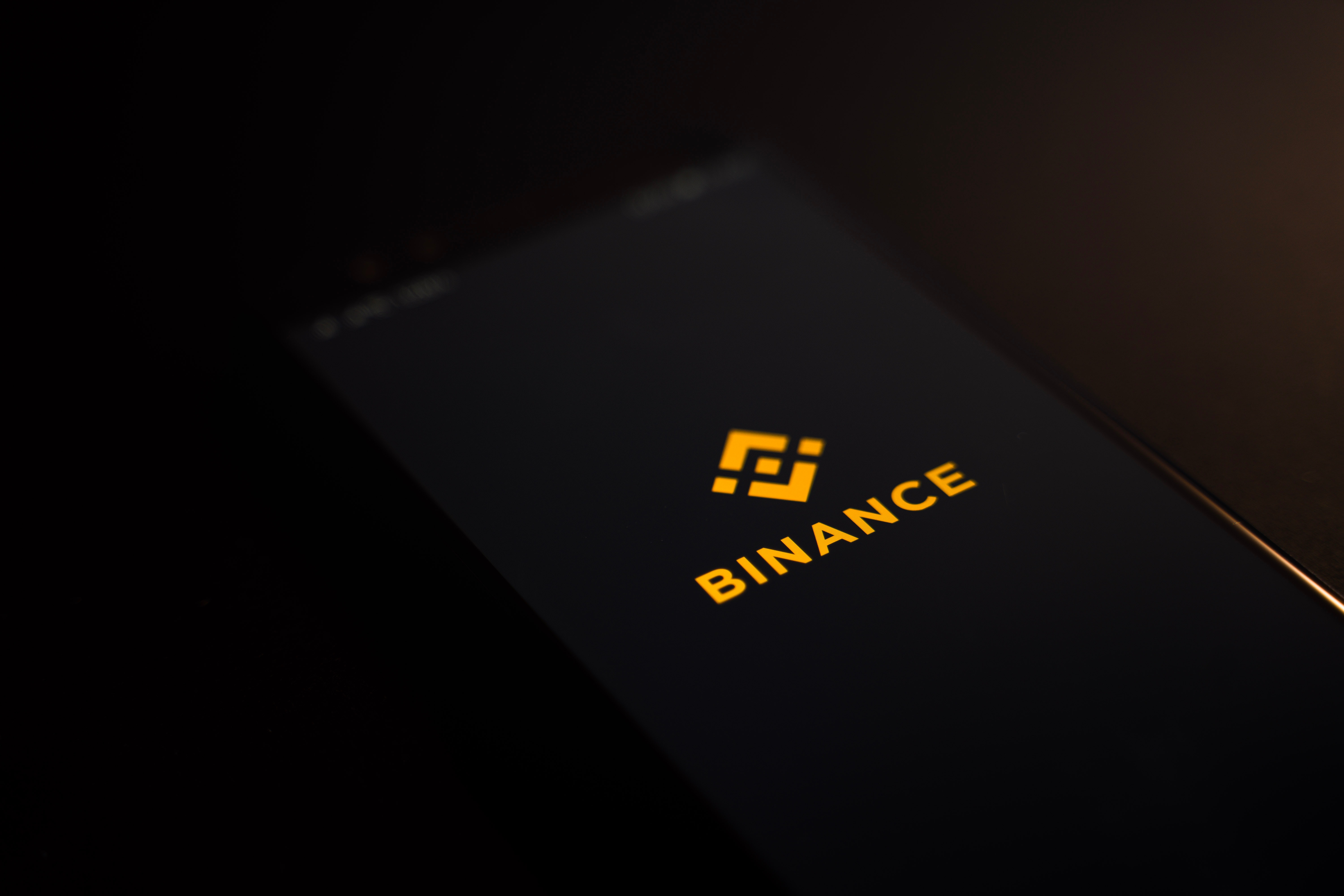 Crypto Exchange Binance Under Investigation by Department of Justice and IRS