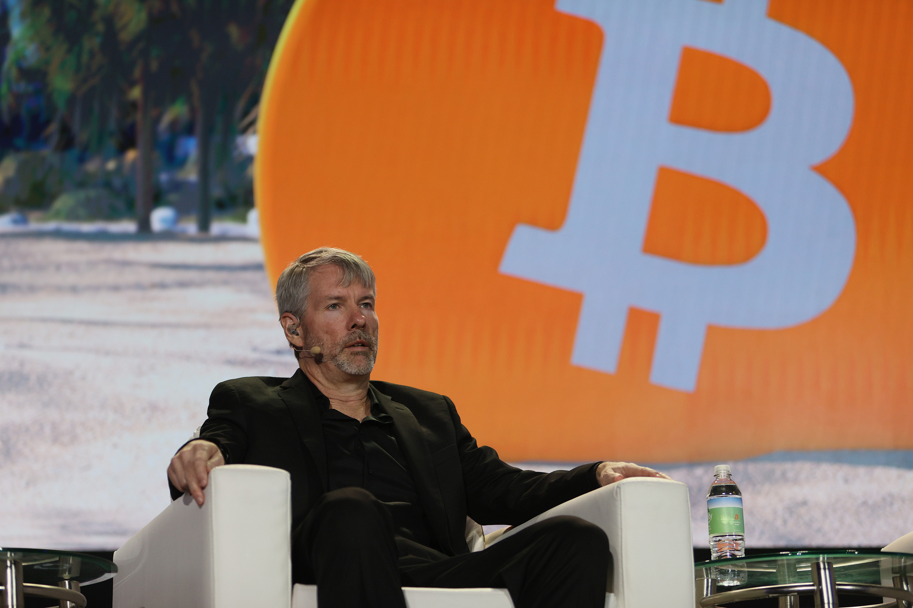 MicroStrategy To Pump $500 Million More Into Bitcoin After 50% Crash