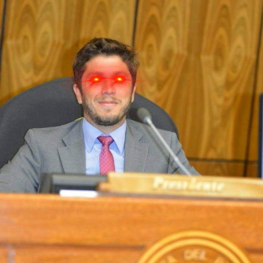 Carlos Rejala adds the Bitcoin laser eyes to social media pic