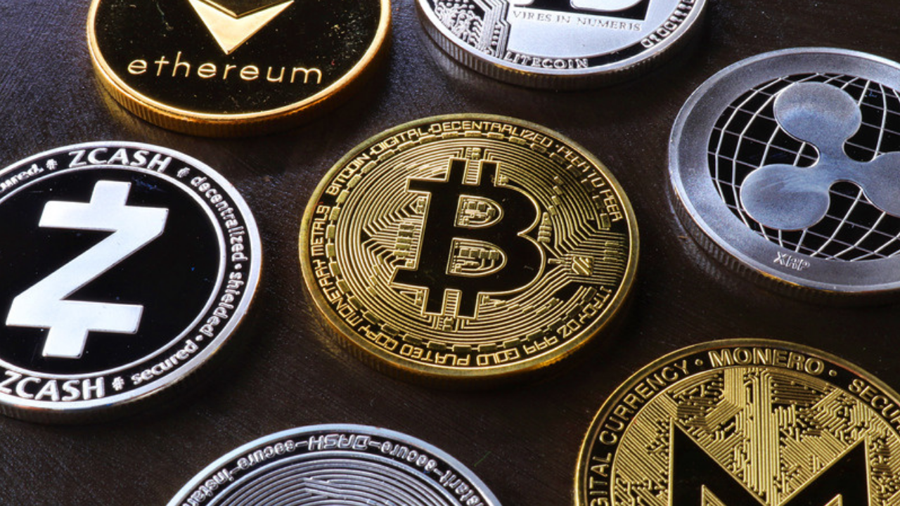 Mid-Cap Crypto Coins Dominate Bitcoin And Ethereum In August