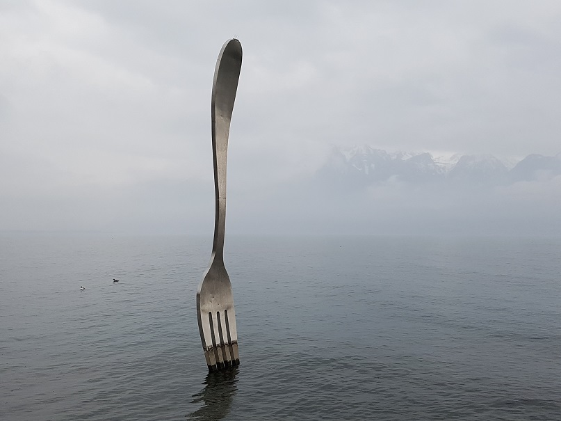 Unforkable, a fork in a lake