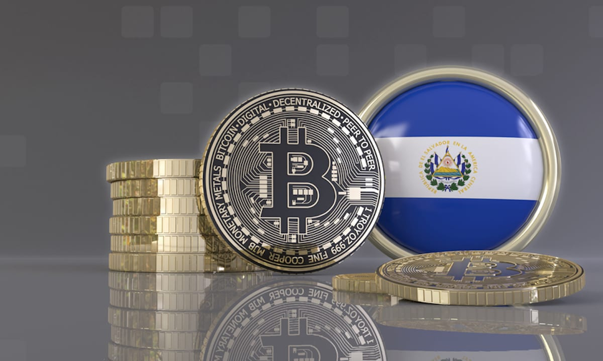 """Bitcoin Adoption In El Salvador Is The """"Start Of A New World,"""" deVere CEO"""